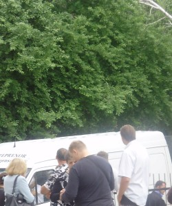 Дробіков Олександр під час виборів 27 травня 2012 року дає вказівки як голосувати , потрібно саме за Кудрика Олеся Тимофійовича.